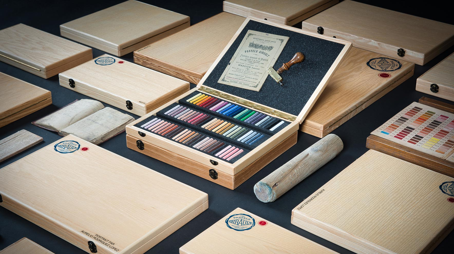 Pastels Girault - A range of wooden boxes for all your inspirations