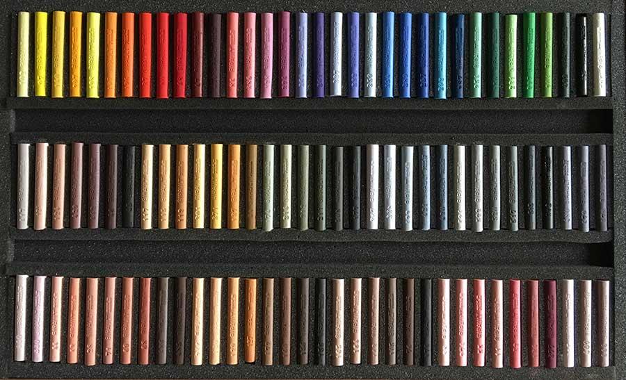Wooden box of  102 sticks  Aurélio RODRIGUEZ LOPEZ - Portrait